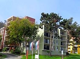 Lakewood Apartments At Lake Merced - San Francisco