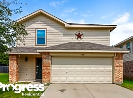 5848 Parkview Hills Ln - Fort Worth