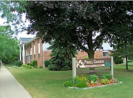 Pinall Gardens Apartments - Milwaukee