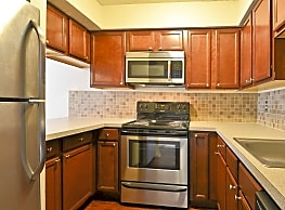 Laurelwood Apartments - Clarks Summit