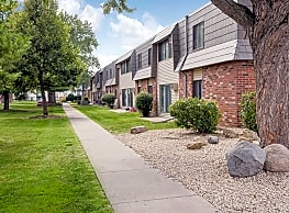 The Willows Apartments - Brooklyn Park