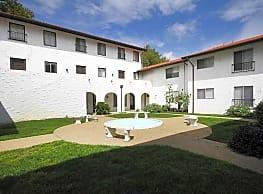 Cordoba Apartments - Hampton