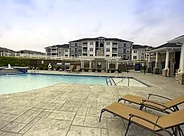 Spruce Ridge Apartments - Columbus