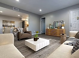 Laurel Heights Apartments - Riverside