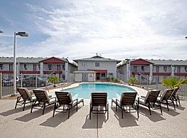 Omni apartments las cruces nm 88001 for Public swimming pools in las cruces nm