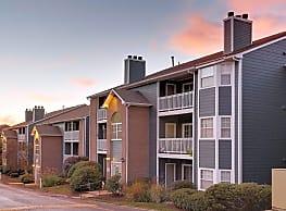 Eagle Ridge Apartments - Monroeville