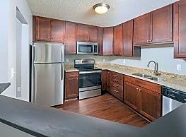 White Bear Woods Apartments - White Bear Lake