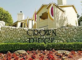 Crown Ridge Apartments - Modesto