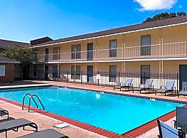 Park East Apartments - Baton Rouge