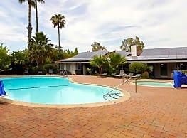 Shasta Villa - Redding
