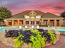 Vista 121 Apartment Homes - Lewisville