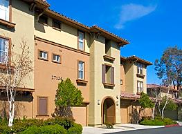 The Oaks Apartments - Santa Clarita