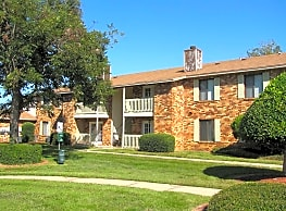 Briarwood Condominiums - Pensacola