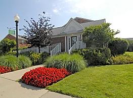 Cherry Hill Village - Dearborn Heights