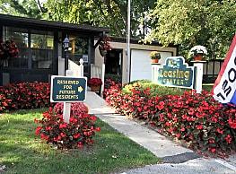 Fox Creek Apartments - Toledo