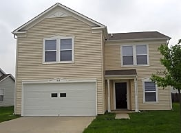 FREE RENT AVAILABLE! Sign a lease by 12/9/2018 to - Greenfield