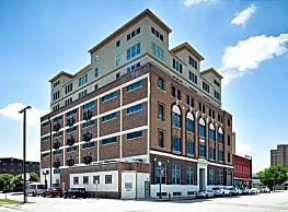 Paramount Waco - Waco