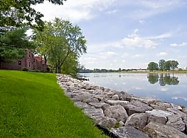 Stansbury Manor - Middle River