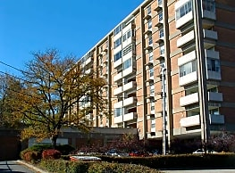 Highland Towers - Akron