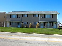 Pine Manor Apartments - Kokomo