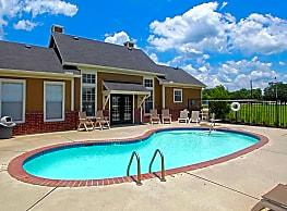 Madison Court Apartments - Dayton