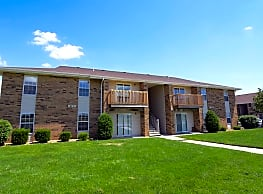 Seville Square Apartments - Springfield