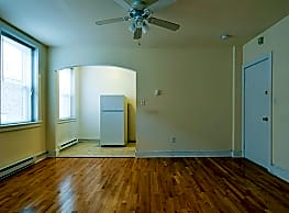 King's Manor Apartments - Philadelphia