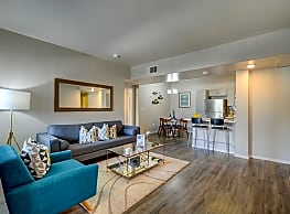 Harlow Luxury Apartment Homes - Las Vegas