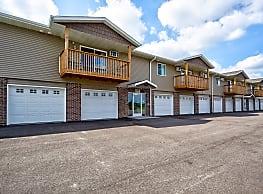 Oriole Ponds Apartments - Hartford