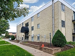 Mile Manor Apartments - Rochester