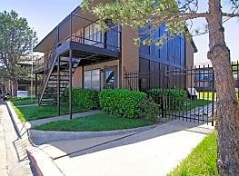 Sunwood Apartments - Tulsa