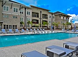 Park Rowe Village - Baton Rouge