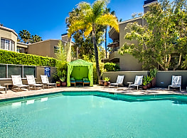 HillCreste Apartments - Los Angeles