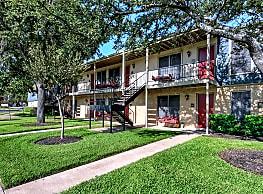 University Place Apartments - Waco