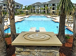 Spring Water Apartments - Virginia Beach