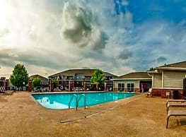 Foothills Apartments - North Little Rock