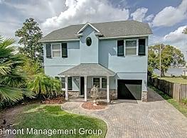 4 br, 3 bath House - 4585 Beach Boulevard - Orlando