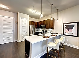 KATY!! 1 bed 1 bath unit for $902 a month. 700+ Sf - Katy