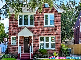 Completly Remodeled home in prime location for... - Houston
