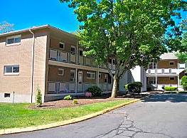 Highland Apartments of Vernon - Vernon