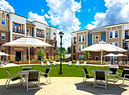 Holly Crest Apartments - Huntersville