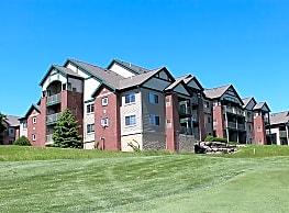 Hawk's Landing Apartments - Verona