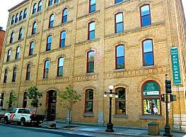 Straus Lofts - Saint Paul
