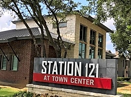 Station 121 At Town Center - North Richland Hills