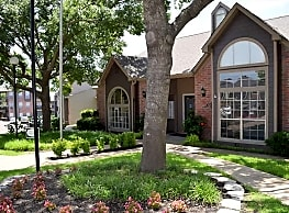 Woodhollow Apartments - Waco