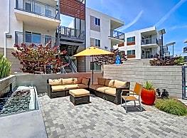 Citron Apartment Homes - Ventura