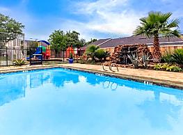 Villas de la Cascada - San Antonio