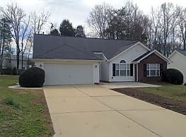 FREE RENT AVAILABLE! Sign a lease by 12/9/2018 to - Charlotte