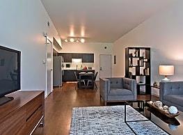 DuCharme Place Apartments - Detroit