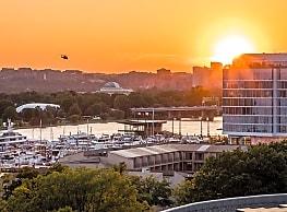 The View at Waterfront - Washington